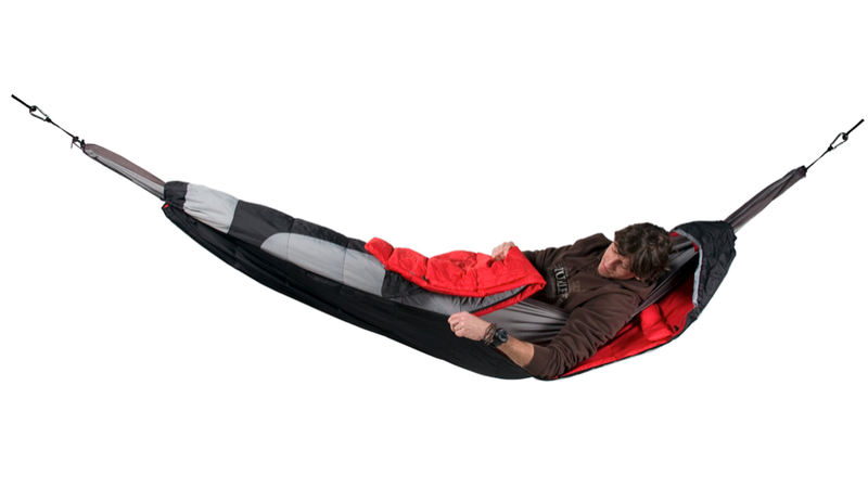 Illustration for article titled Sleeping Bag Hammock Lets You Relax Under Any Weather Conditions