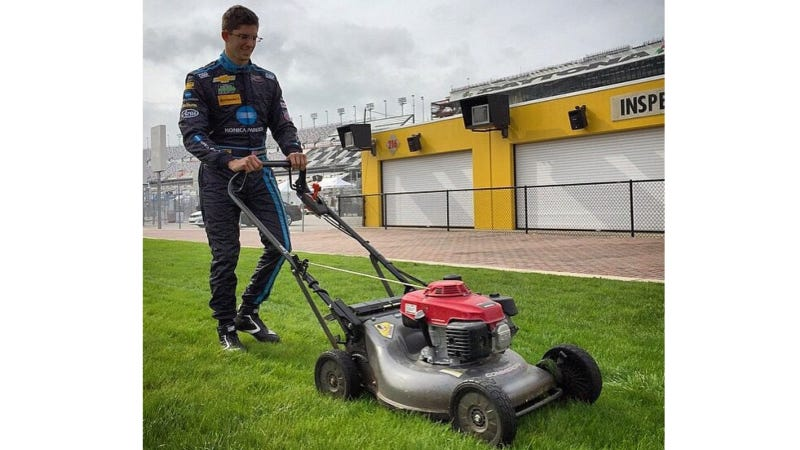 Illustration for article titled For Once, I'm Glad To See A Racer Is Mowing The Grass