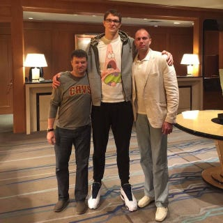 Illustration for article titled Here Is Another Picture Of Timofey Mozgov For Us To Cherish