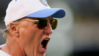 Illustration for article titled Coach Extraordinaire Marty Schottenheimer Finally Captures That Elusive Title