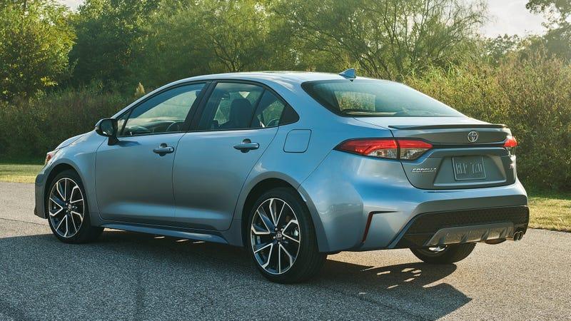 Photos: Toyota
