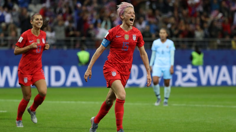 Illustration for article titled Megan Rapinoe Refuses To Apologize For The USWNT's Crime Of Being Happy After Doing Cool Things