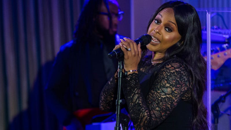 Singer Chrisette Michele performs during a state dinner at the White House on Aug. 2, 2016, in Washington, D.C. (Zach Gibson/AFP/Getty Images)