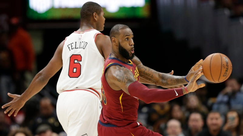 Point guard James leads Cavs over Bulls