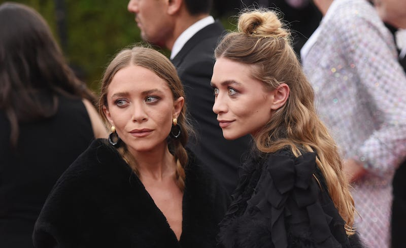 Illustration for article titled Lawsuit Alleges Mary Kate & Ashley Worked Intern to the Point of Hospitalization