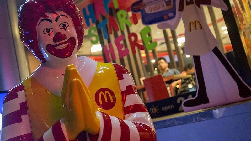 McDonald's, Starbucks will filter Wi-Fi porn
