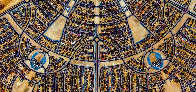 Illustration for article titled These Stunning Geometric Patterns Were Created From Google Earth Images