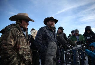 Ammon Bundy, leader of an anti-government militia, speaks to members of the media in front of the Malheur National Wildlife Refuge headquarters Jan. 6, 2016, near Burns, Ore. Justin Sullivan/Getty Images