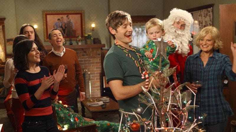 Illustration for article titled Raising Hope is pretty darn funny, and at least it's not another Glee Christmas episode