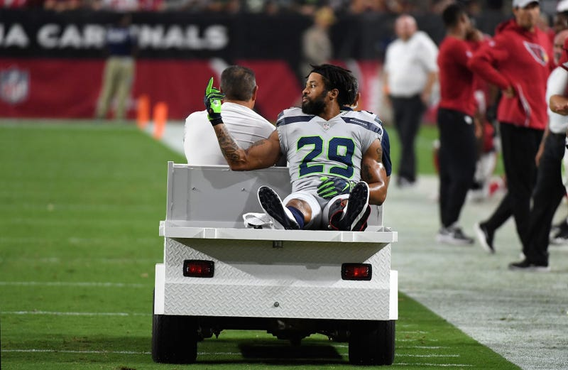 Illustration for article titled Earl Thomas Is Why Le'Veon Bell Holds Out