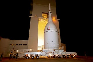 Illustration for article titled The Orion Spacecraft Is At the Launch Pad And Strapped To Its Rocket
