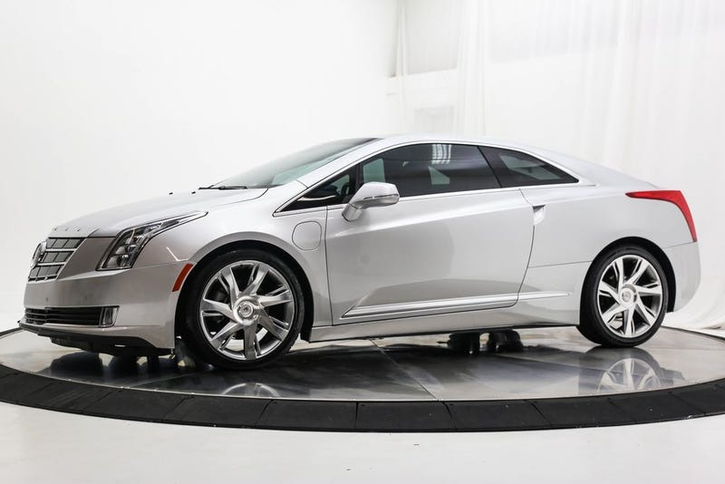 Illustration for article titled At $24,987, Could This 2014 Cadillac ELR Rock You Down To Electric Avenue?