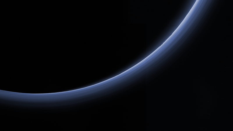 Illustration for article titled New Image From New Horizons Shows Layers In Pluto's Atmosphere