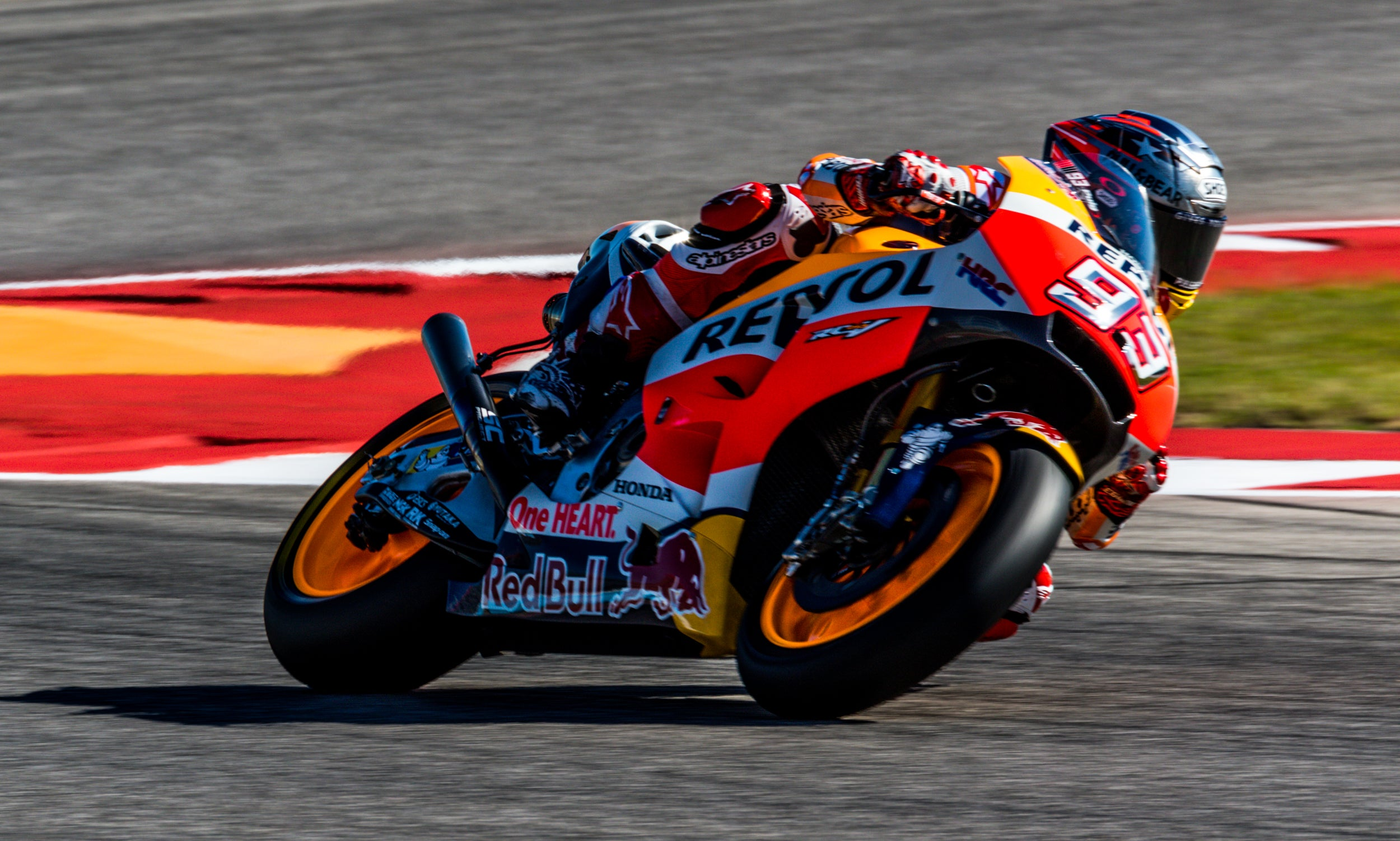 Your Ridiculously Awesome MotoGP Wallpaper Is Here