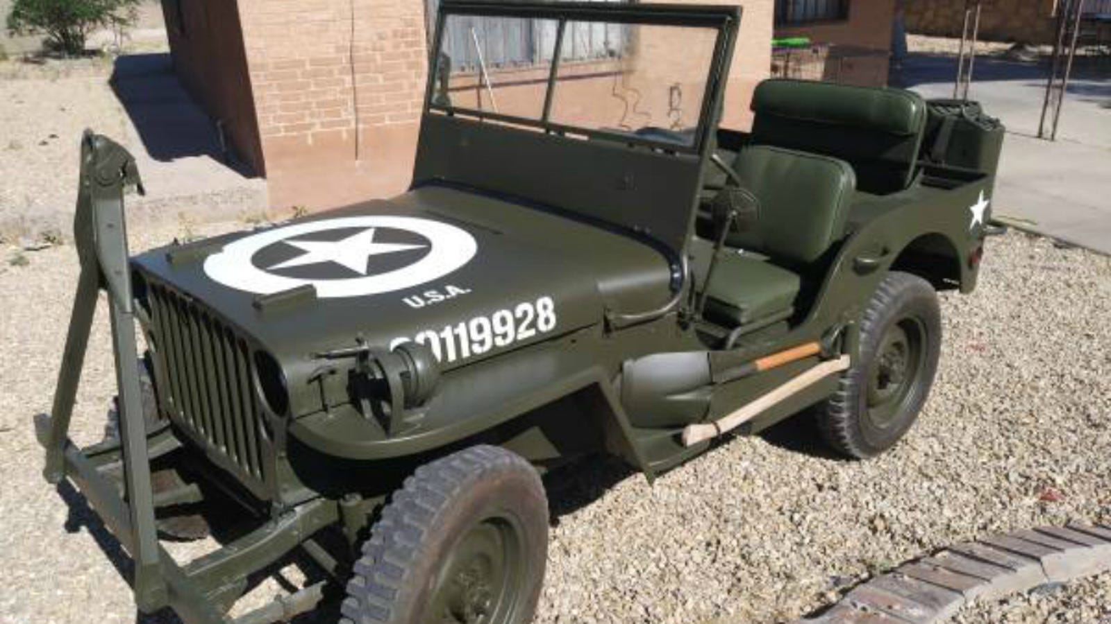 you can buy an incredibly well restored wwii jeep willys. Black Bedroom Furniture Sets. Home Design Ideas