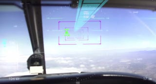 Illustration for article titled Ordinary Pilots Are Closer To Getting Fighter Jet-Like Augmented Reality Displays