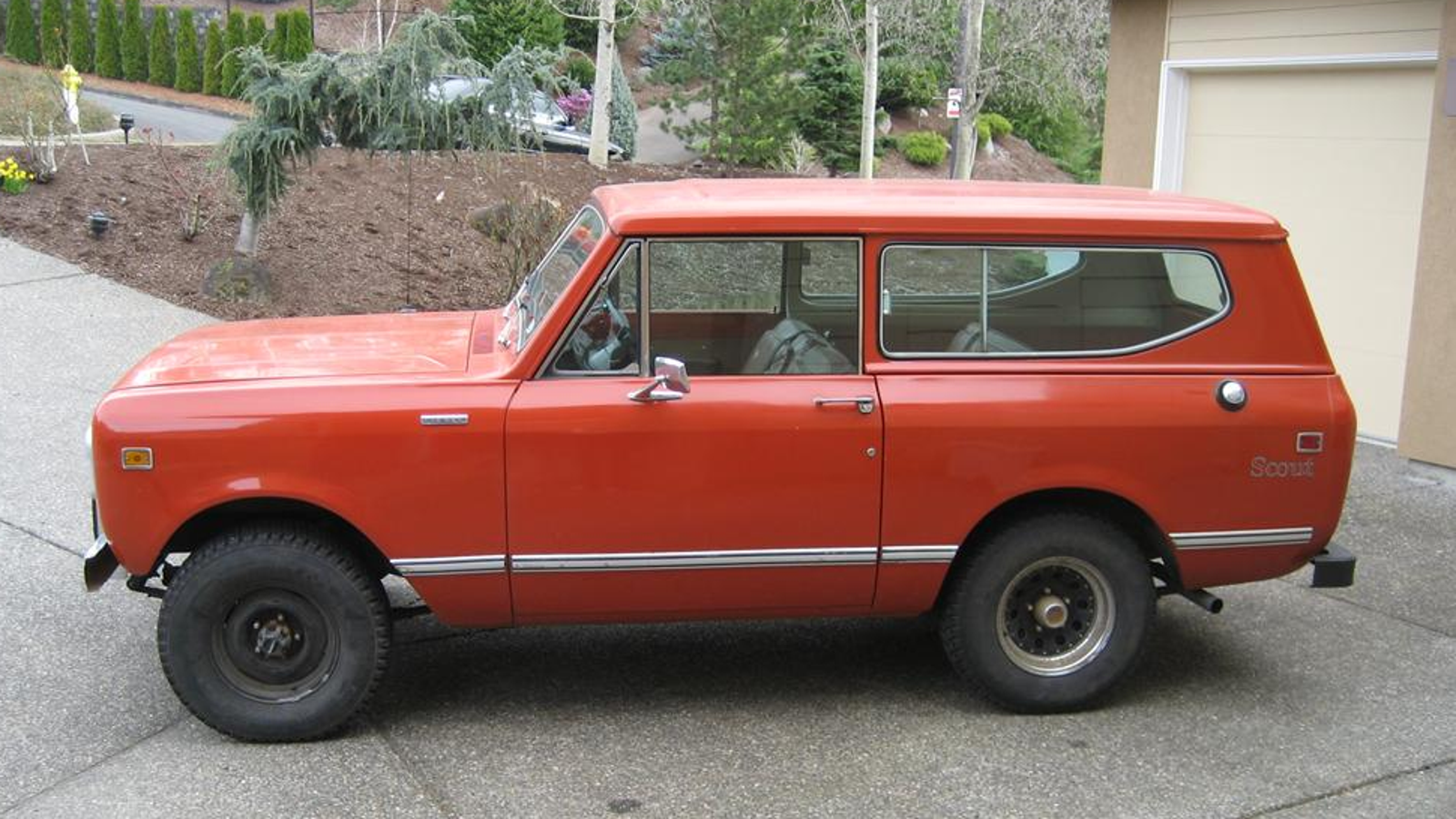 Looking For An Investment Opportunity Try Old Suvs Ford Bronco Paint Jobs