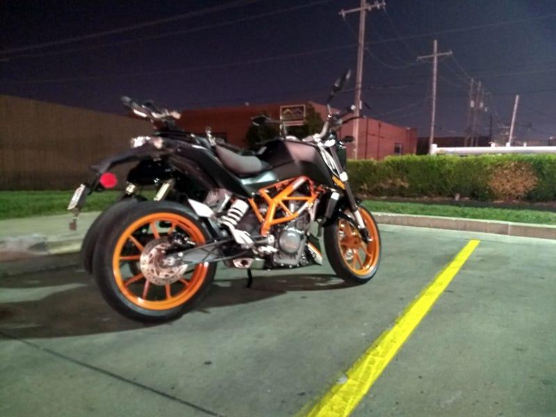 Illustration for article titled KTM Duke 390 sooper short review