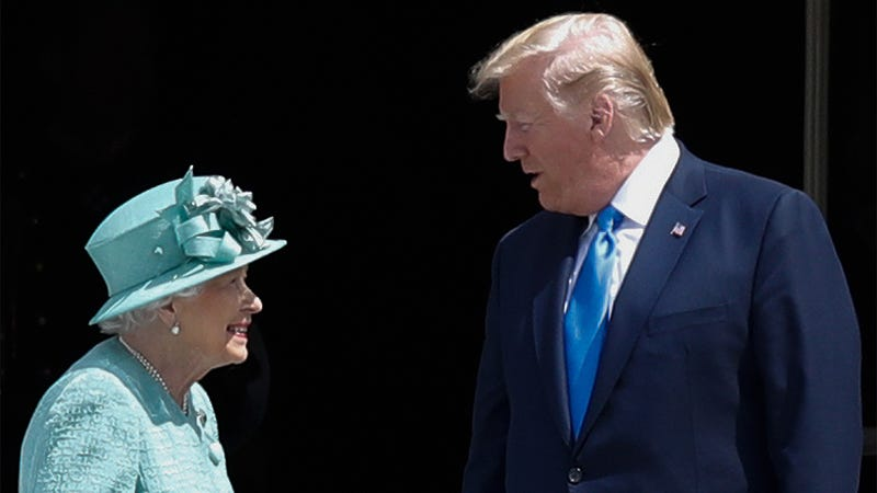 Illustration for article titled A Chance For Diplomacy: The U.S. State Department Is Hoping President Trump Can Convince Queen Elizabeth To Stop Developing Nuclear Weapons In Her Attic
