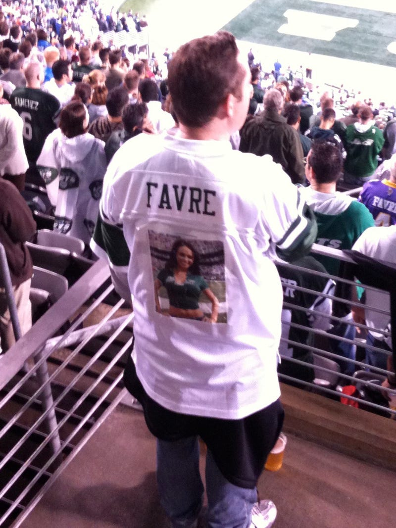 Illustration for article titled The Onslaught Of Customized Favre Jerseys Begins