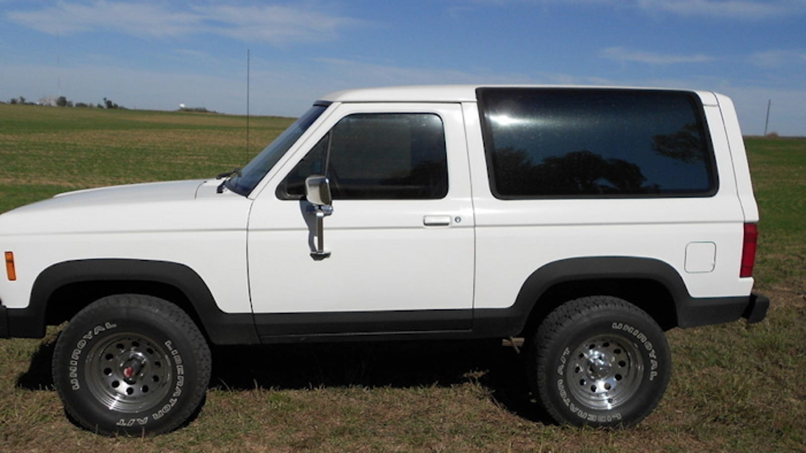 For 4250 Is This Bronco Ii Good To Be True Ford Paint Jobs