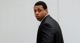 "Illustration for article titled Report: Greg Hardy's Teammate Called Him A ""Woman Beater"""