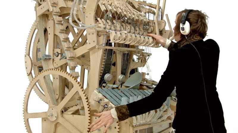 Illustration for article titled Here's what an instrument powered by 2,000 marbles sounds like