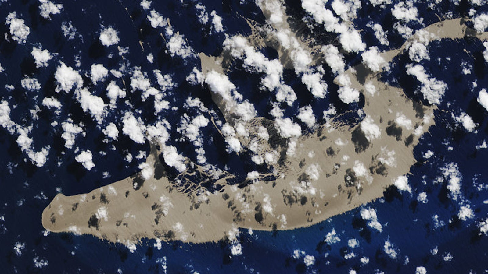 Gigantic Pumice Raft from Underwater Eruption Is on a Wild Ride Across the Pacific Ocean