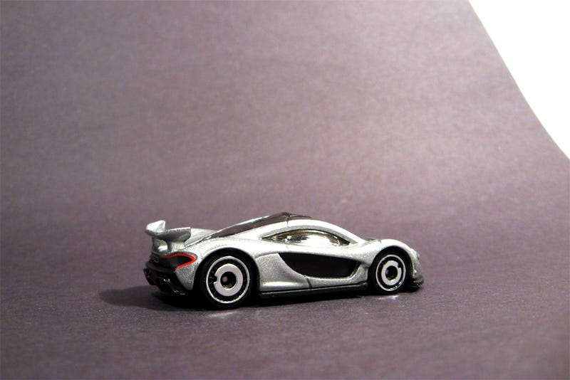 Illustration for article titled Wheel Swap, Silver Edition