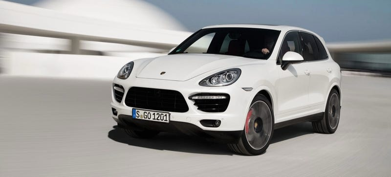 Illustration for article titled Porsche Thinks The Cayenne Needs A Sporty Sibling To Call A Coupe