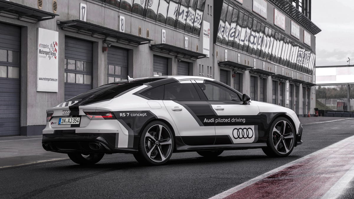 Audi Piloted Driving >> This Audi Rs7 Just Drove Itself Around A Track At 150mph