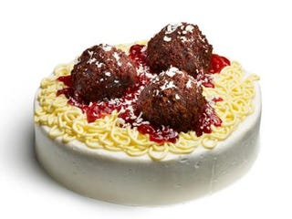 Illustration for article titled Spaghetti and Meatball Cake is a thing that exists...