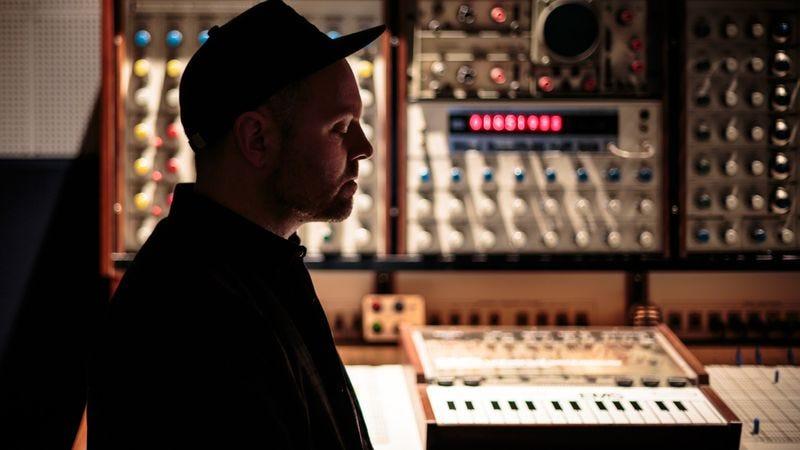 DJ Shadow (Photo: Derick Daily)