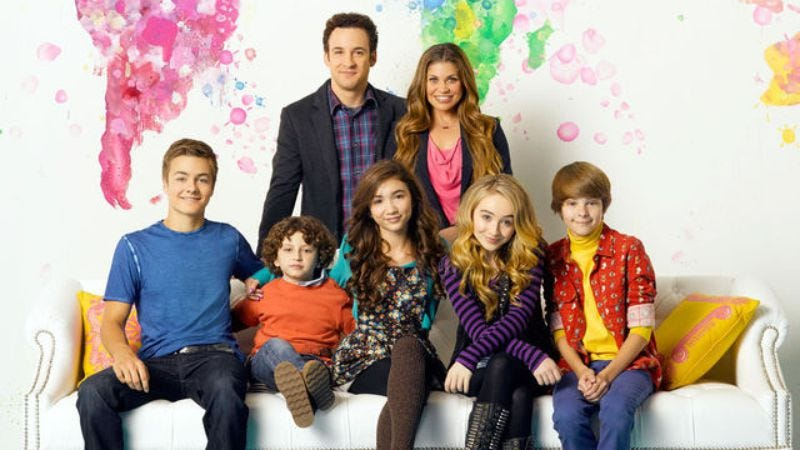 Illustration for article titled Girl Meets World picked up for another season of pretending Boy Meets World never ended