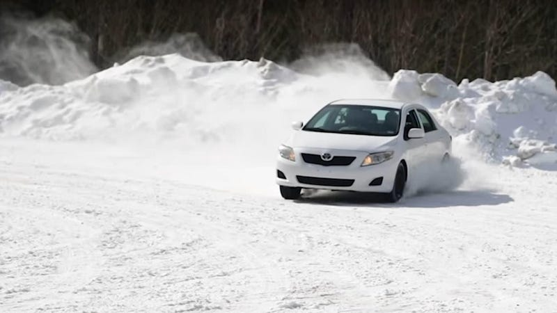 Afbeelding voor artikel getiteld Natuurlijk een Toyota Corolla Can Rally