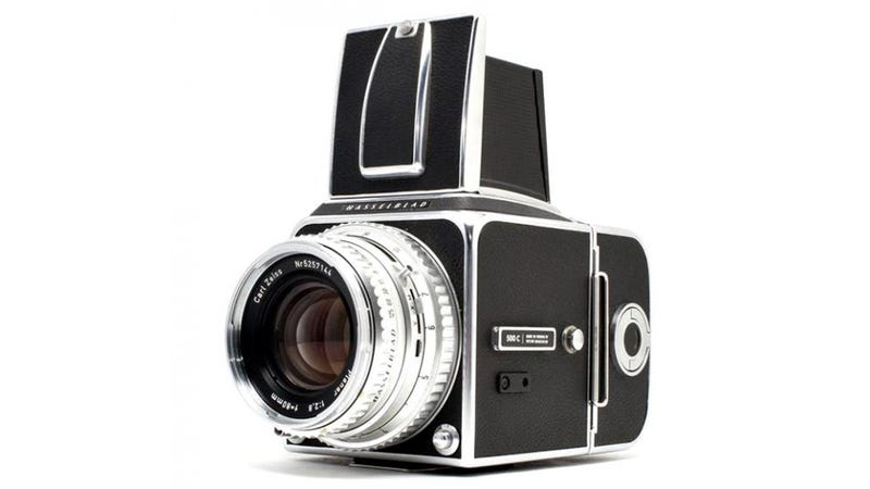 Illustration for article titled Looking for a DSLR? Buy These Film Cameras Instead