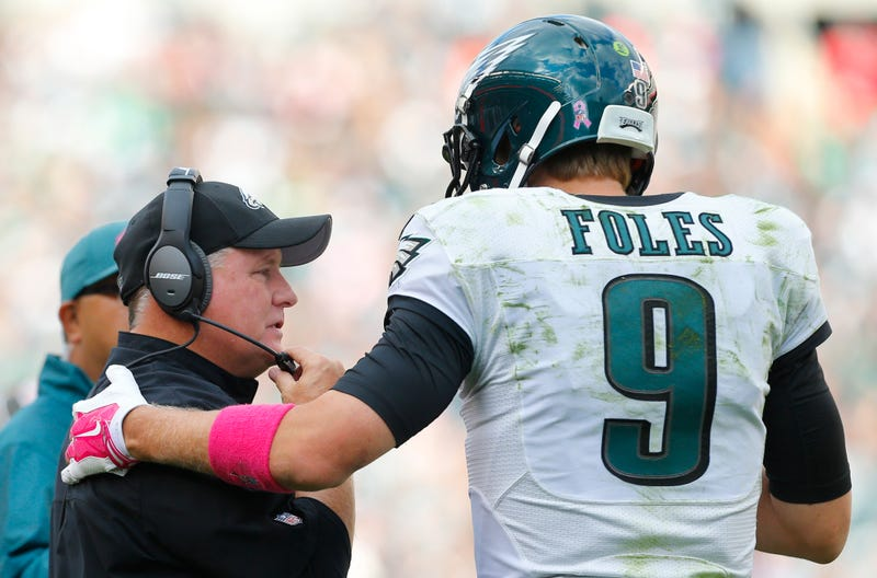 Illustration for article titled Chip Kelly Says He Wanted Sam Bradford And Nick Foles