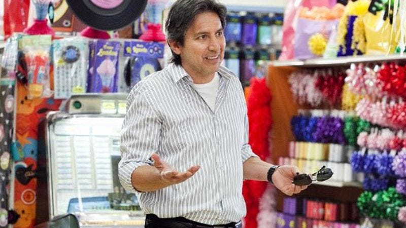 Illustration for article titled Ray Romano to join Parenthood for guest arc