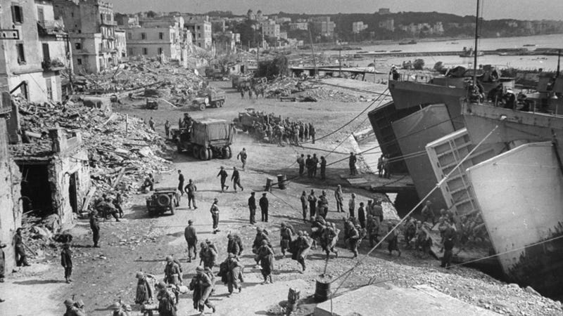Illustration for article titled LIFE unveils unpublished photos of Allied troops fighting in Italy