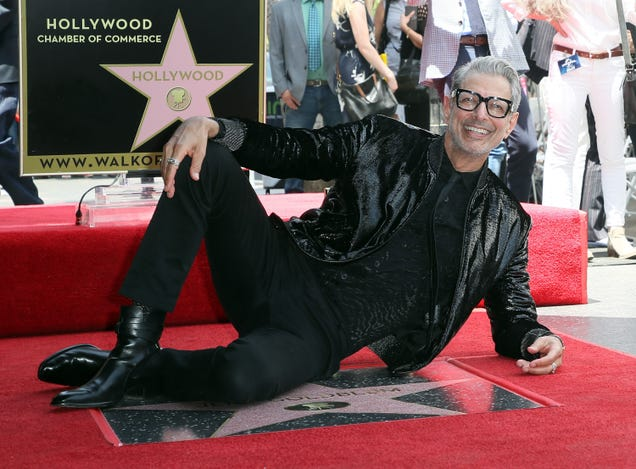 Jeff Goldblum Is Doing a Dungeons & Dragons Podcast, Which Is as Excellent as It Is Unfathomable