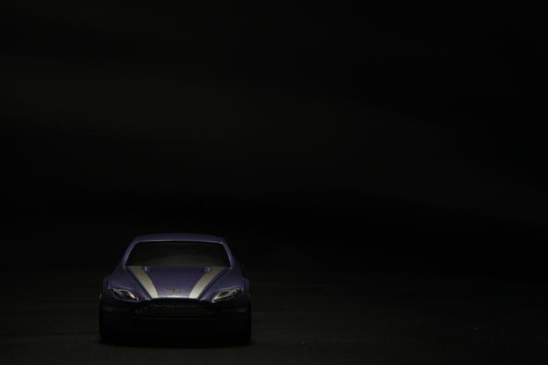 Illustration for article titled LaLD Car Week: Purple?!