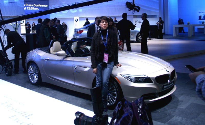 Illustration for article titled 2010 BMW Z4 Slips Onto The Stage