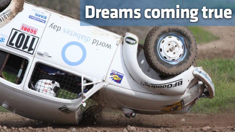 Illustration for article titled How one man got off his couch and became a Baja racer