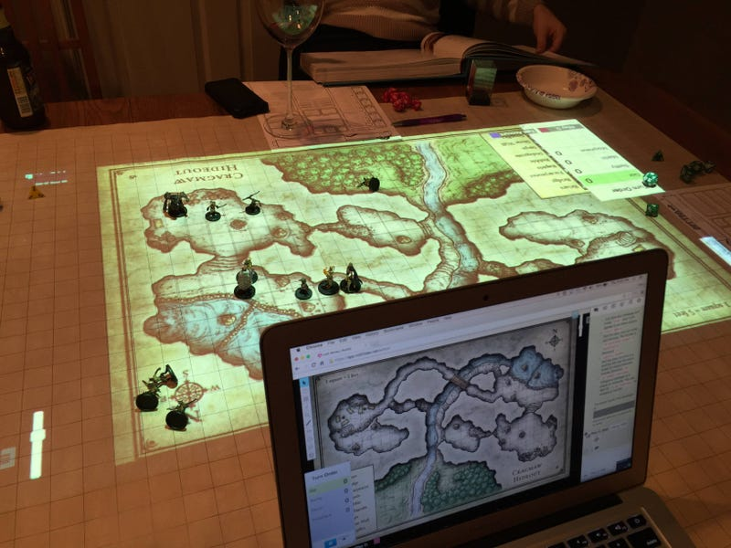 Illustration for article titled Ingenious Dungeon Master Projects A Digital Map To Play Tabletop RPGs