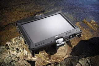 Illustration for article titled Dell Latitude XT2 XFR Is the Mil Spec Multitouch Tablet for Judge Dredd Wannabes