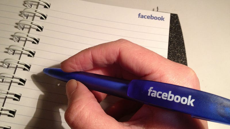 Illustration for article titled Facebook Can Be Just As Important As LinkedIn For Finding a Job