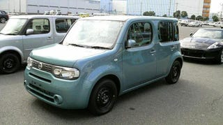 Illustration for article titled 2010 Nissan Cube Gets Accidental Unveil On Japanese Transport Truck
