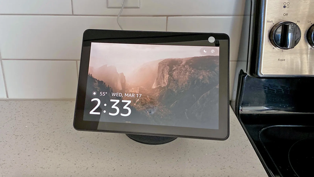 Amazon Fixed the Echo Show 10 s Biggest Feature Failure