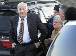 Illustration for article titled Twitter Banned From Jerry Sandusky Trial, Which Starts Next Week