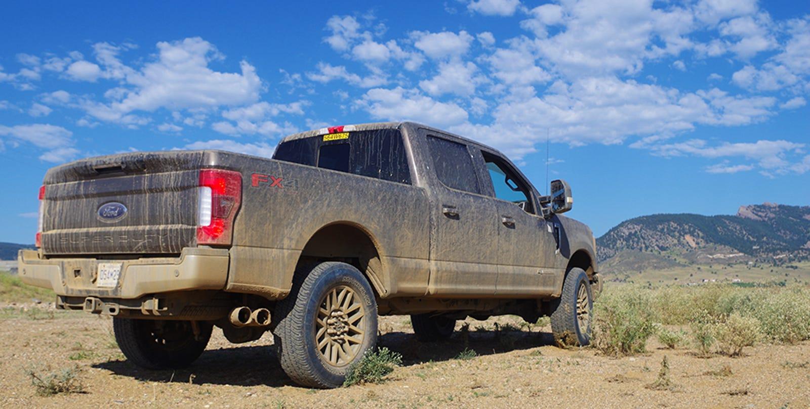 Ford och navistar gar samman